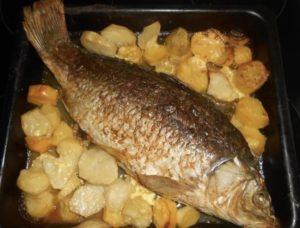 Рыба запеченная с картошкой
